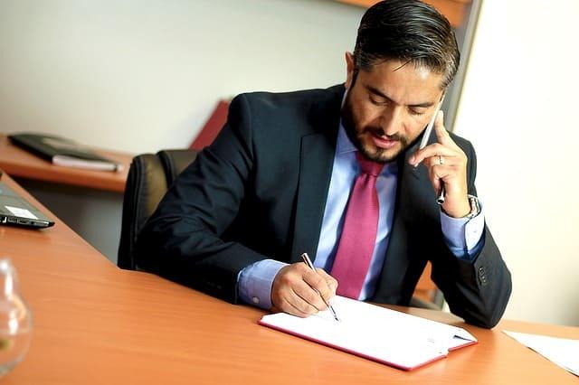 עורך דין לפונדקאות